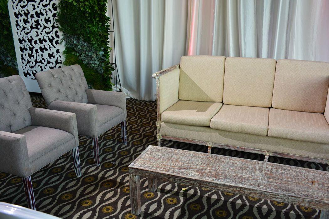 La calidad de las telas y la comodidad de tus invitados es nuestra meta.