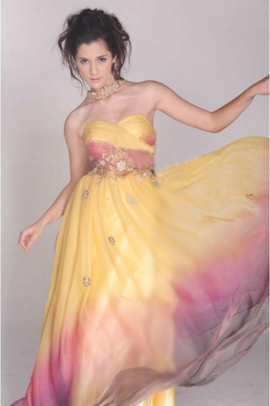 Beispiel: Kleider für Brautjungfern, Foto: Prinzessin Abendmode.
