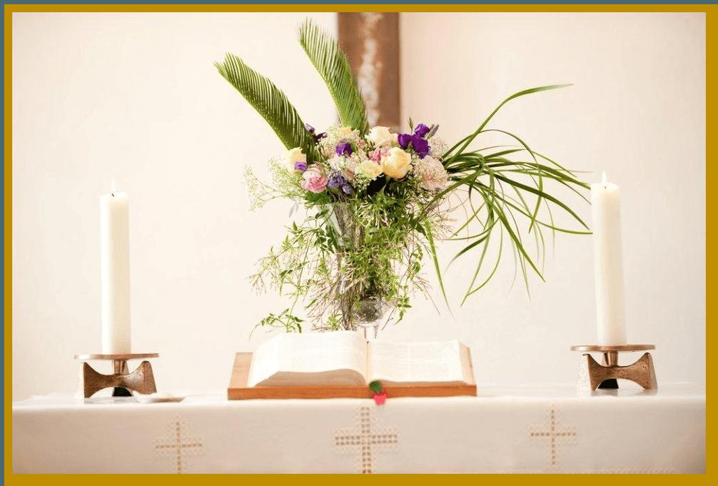 Beispiel: Altarschmuck, Foto: Die Blumen-Lounge Göllner.