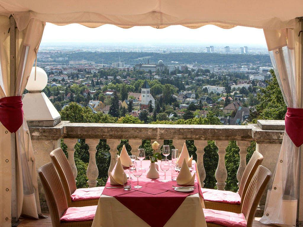 Beispiel: Einzigartiges Ambiente, Foto: Austria Trend Hotel Schloss Wilhelminenberg.