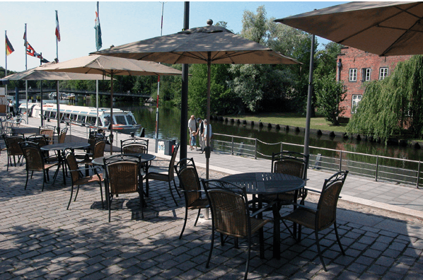 Beispiel: Terrasse, Foto: Spezialitäten Restaurant Yachtzimmer.
