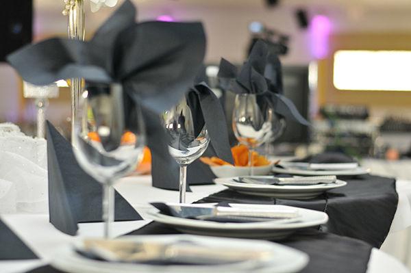 Beispiel: Tischgedeck, Foto: Elite Event Center.