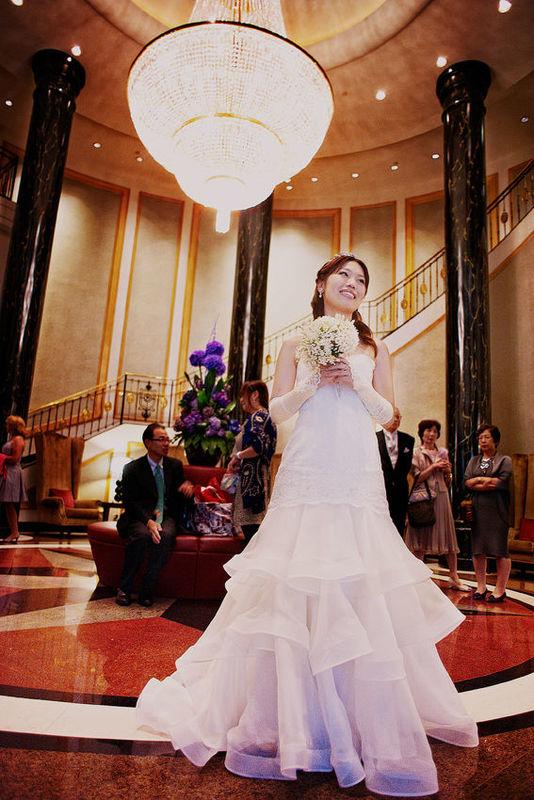 Panna Młoda podczas przyjęcia weselne