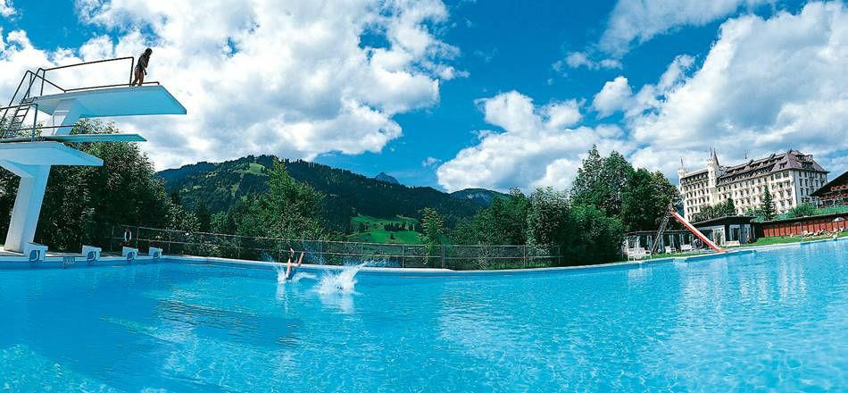 Beispiel: Eigener Pool, Foto: Gstaad Palace.