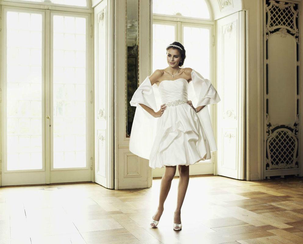 Beispiel: Bezaubern Sie Ihren Bräutigam, Foto: Magy's Brautmode.