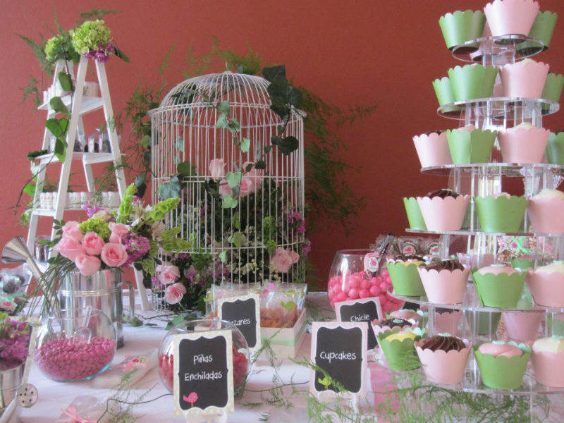 Decoración con flores para bodas. Arlette Salas, arquitectura floral