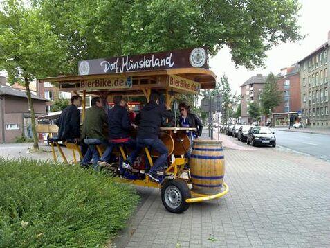 Beispiel: Unterwegs mit dem BierBike, Foto: BierBike Münster.