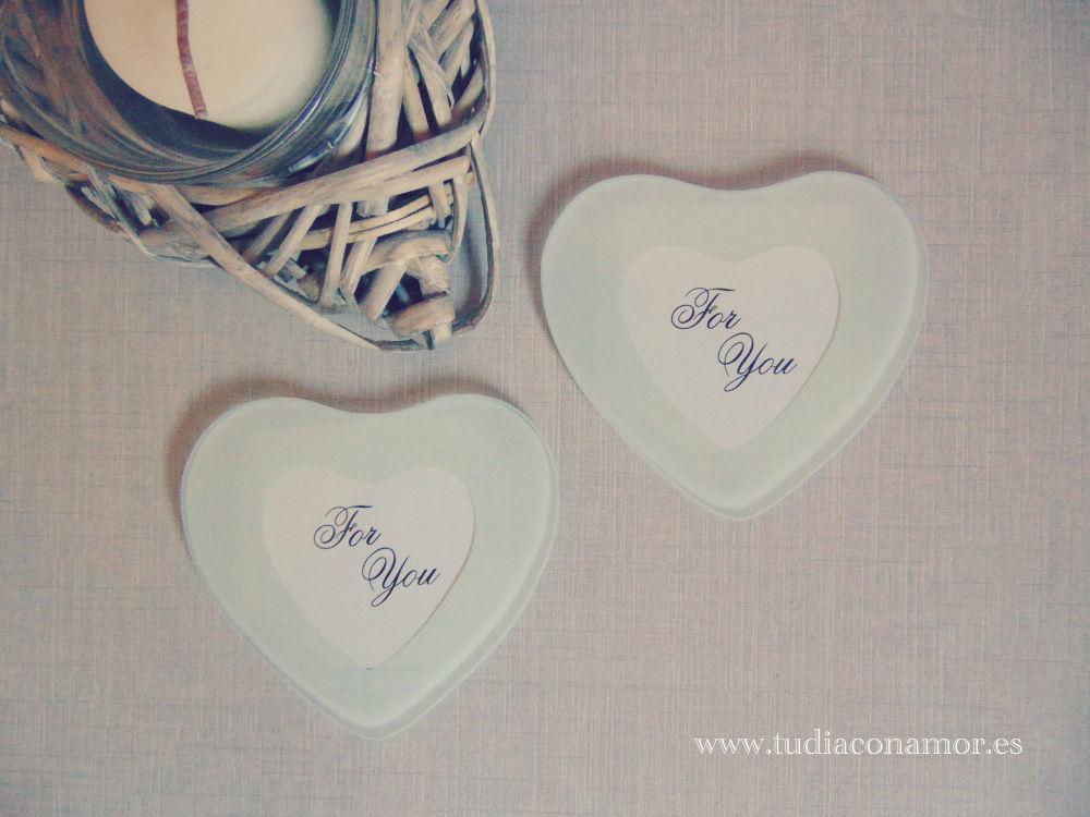 Detalle de boda ideal para mujer, posavasos corazón