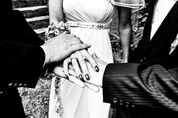 Beispiel: Ringaustausch, Foto: Ihr Hochzeitsredner Gunter Mehler.