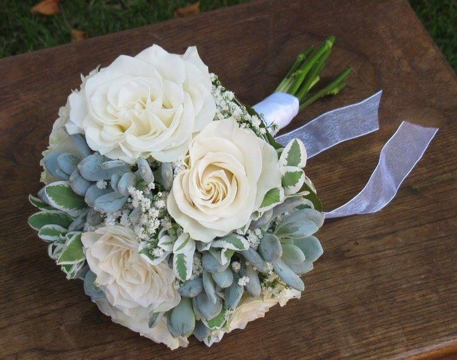 Bouquet de Noiva Suculentas e Rosas