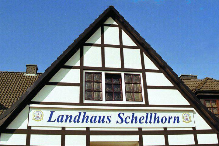 Beispiel: Vorderansicht, Foto: AKZENT Landhaus Schellhorn.