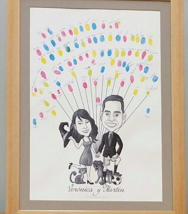 Caricatura digital impresa sobre marco para matrimonio,se dejó un espacio en blanco para que los invitados dejen sus huellas digitales y formen coloridos globos.