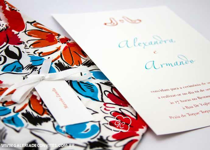 convite de casamento modelo AR com envelope em tecido