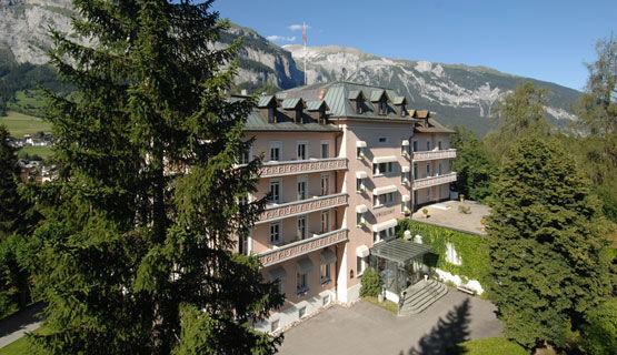 Beispiel: Hotel, Foto: Schweizerhof Flims.