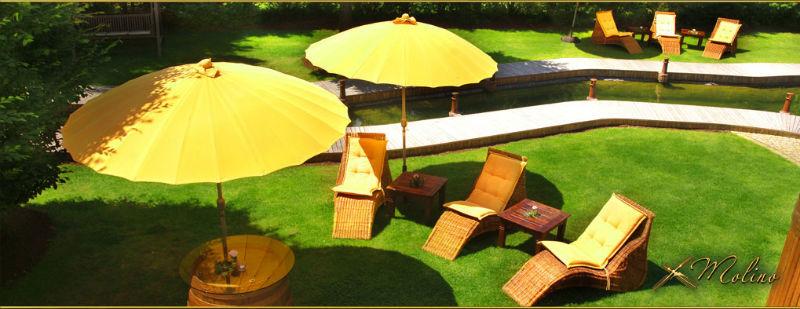 Beispiel: Sonnenschirm und Liege, Foto: Molino.