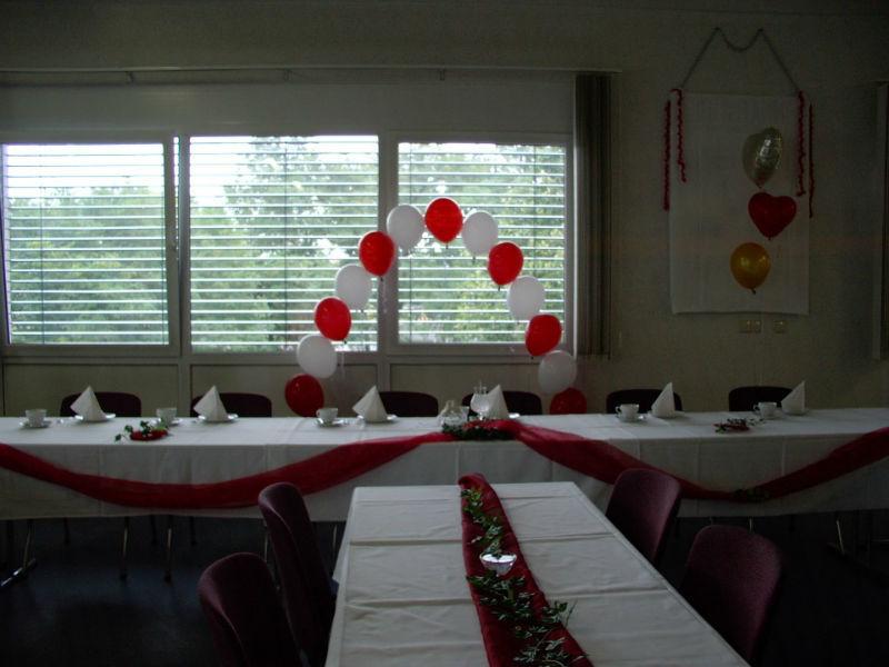 Beispiel: Ballondekoration, Foto: Ballonverpackung.