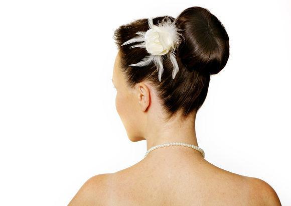 Beispiel: Klassische Hochsteckfrisuren, Foto: glam appeal style.