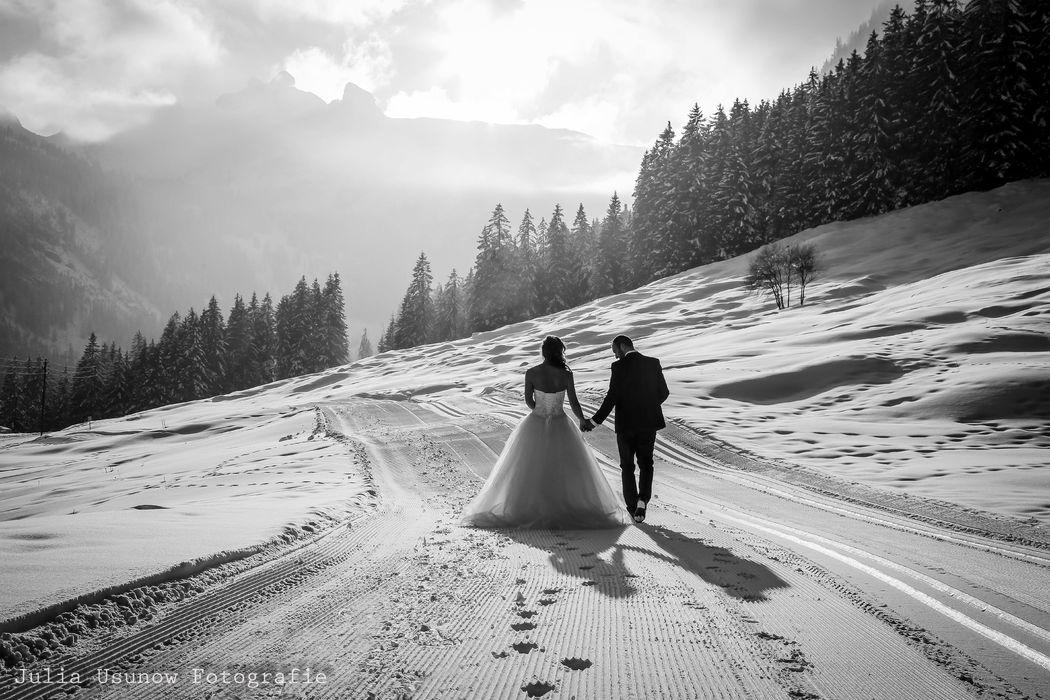 Brautpaarshooting in Schwenden/ Diemtigtal 2017 © by Julia Usunow Fotografie www.julia-usunow.ch