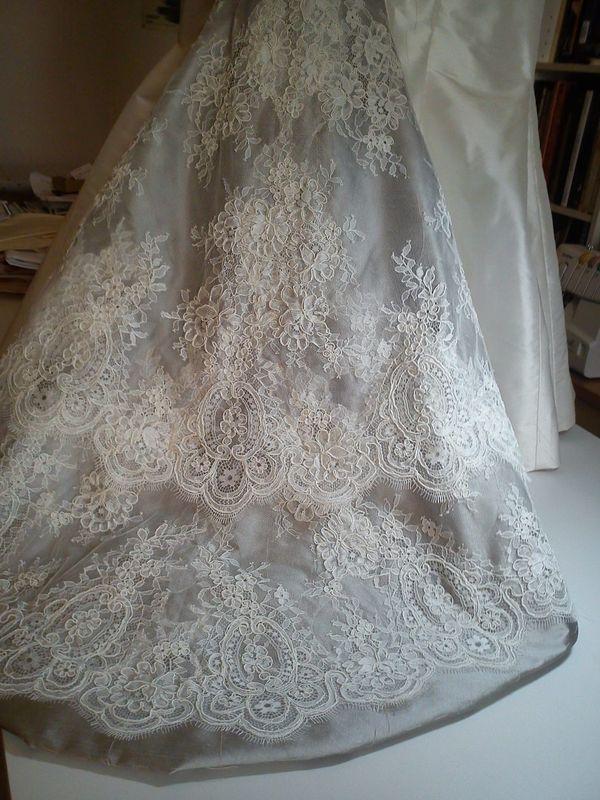 Robe de mariée sur-mesures ( en cours de réalisation)