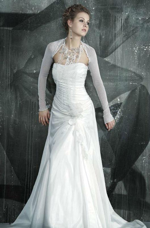 Beispiel: Alles was das Brautherz begehrt, Foto: Fabula Brautmode.