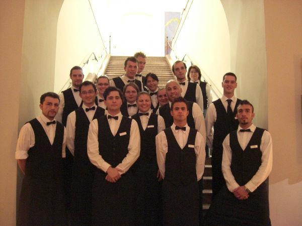 Beispiel: Kompetentes Serviceteam, Foto: Skyline Catering & Event's.