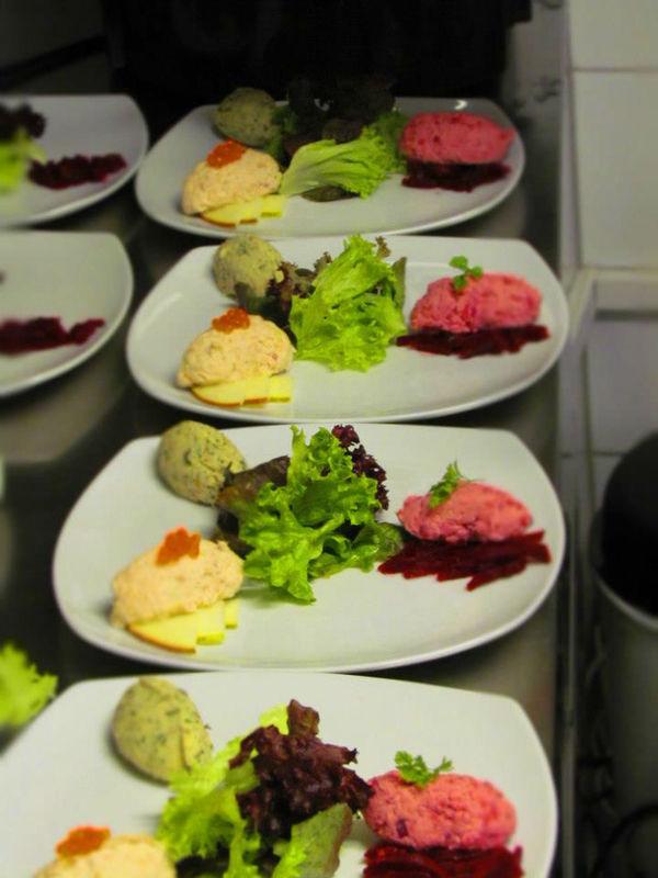 Beispiel: Kulinarische Köstlichkeiten, Foto: Tip Top Table Catering.
