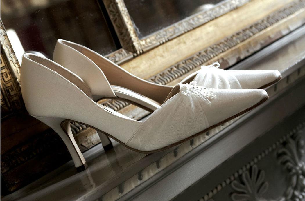 Beispiel: Wunderschöne Brautschuhe, Foto: Fabula Brautmode.