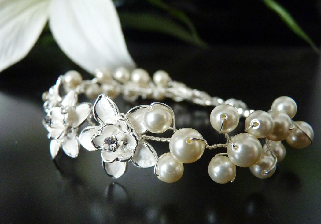 Beispiel: Perlen Blüten Armband