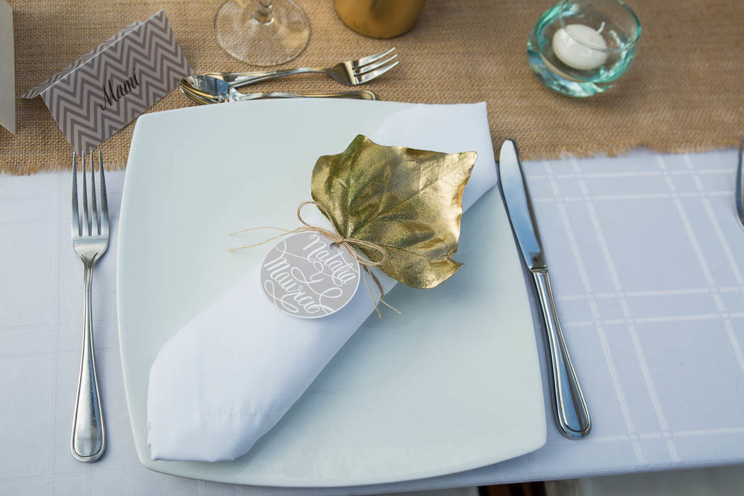Diseño de etiquetas y decoración de los platos.