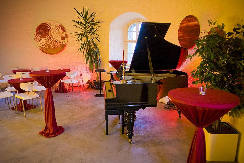 Beispiel: Longe Ambiente - Klavier, Foto: KunstTurm Weimar.