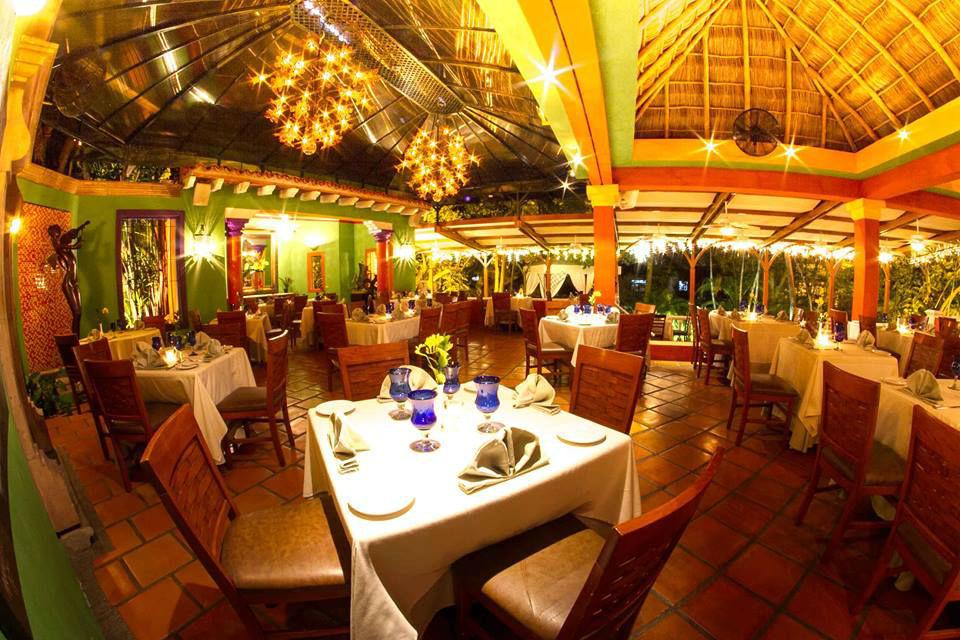 The River Cafe en Puerto Vallarta.