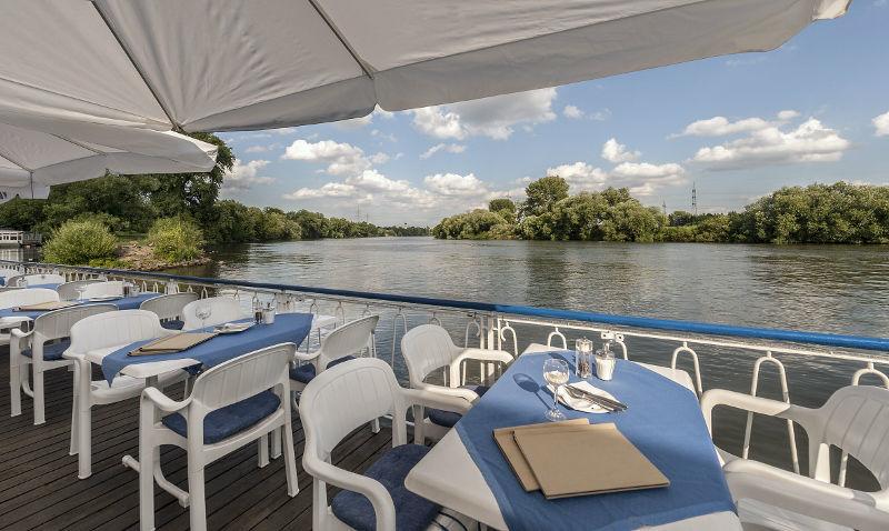 Beispiel: Außenbereich, Foto: Café Restaurant Schlott.