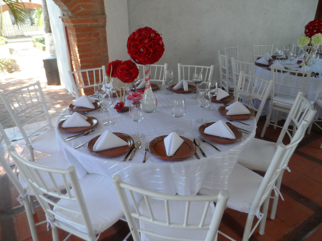 boda blanco y rojo