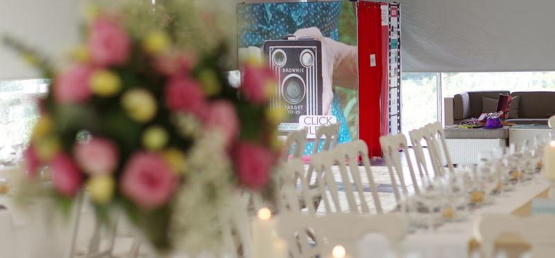 Imagem da Elegância da Cabine Fotográfica - Wedding Photobooth