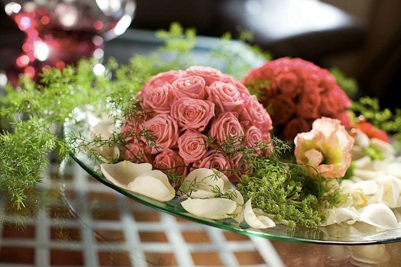 Beispiel: Tischschmuck, Foto: Jentsch Blumen.