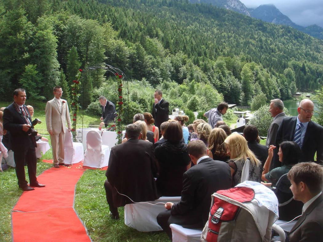 Beispiel: Hochzeitsevent, Foto: Miriam Elea - Voice of Love.