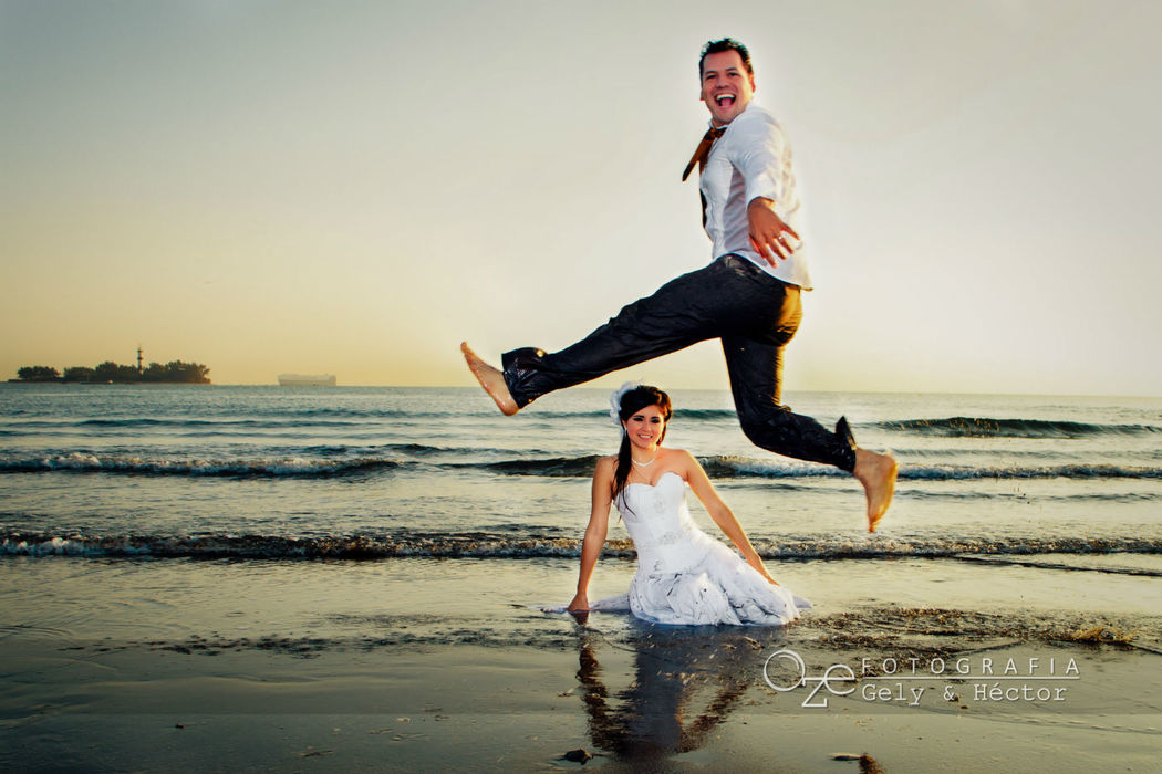 Trash the dress en el mar