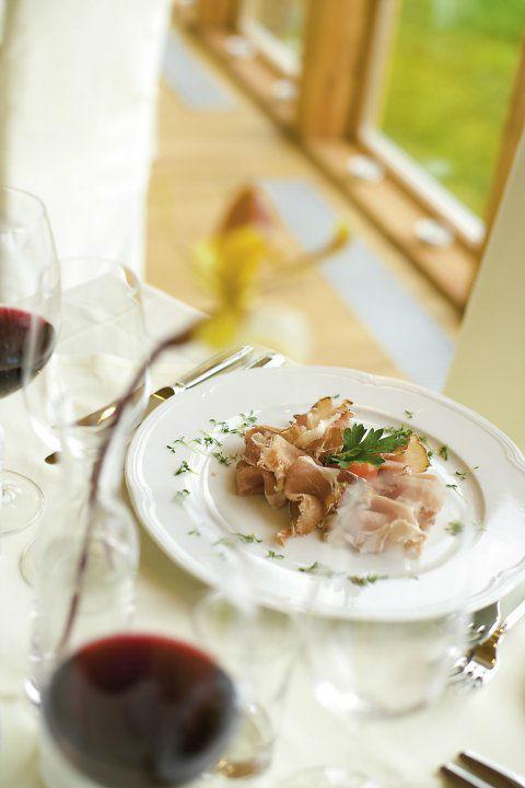 Beispiel: Kulinarische Köstlichkeiten, Foto: Das Eisenberg.
