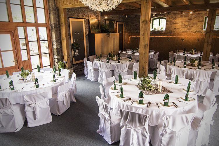Beispiel: Tischanordnung, Foto: Landgasthaus Römerhof.