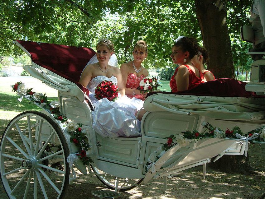 Beispiel: Da kommt die Braut, Foto: Kutschfahrten Frankfurt am Main.