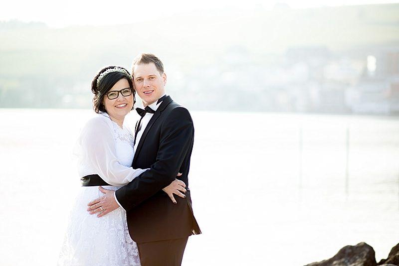 Hochzeit am See lake wedding Brautpaar moderne Hochzeitsfotos Küssnacht am Rigi