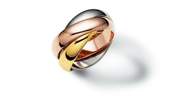 Beispiel: Wählen Sie Material und Prägung, Foto: Juwelier Nadler.