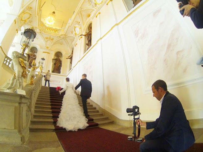 Beispiel: Fotos von Ihrem Hochzeitstag, Foto: Loud Cinematography.