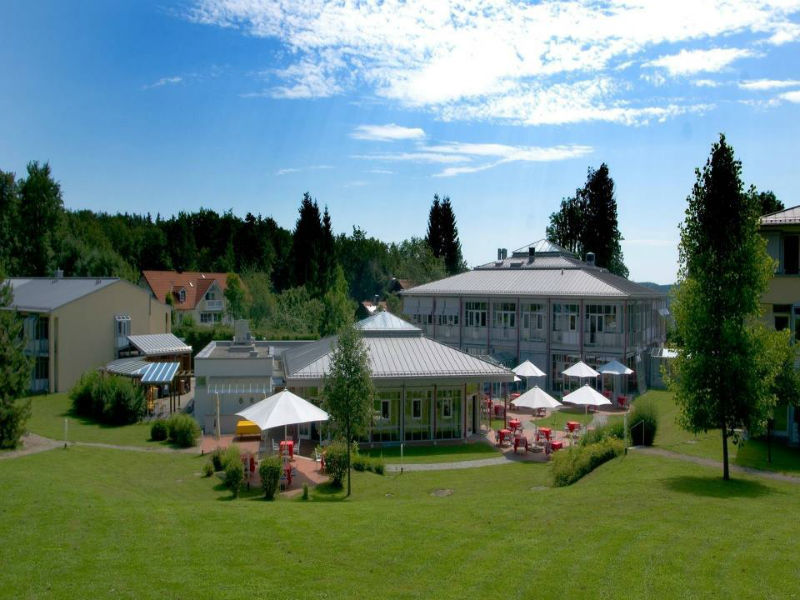 Beispiel: Außenansicht Park, Foto: Hotel Residence Starnberger See.