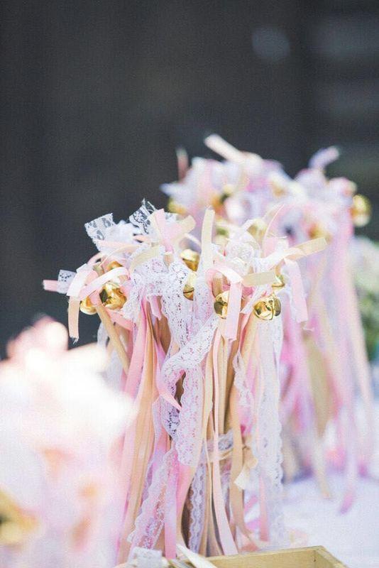selbstgebastelte Wedding Wands (Zauberstäbe)