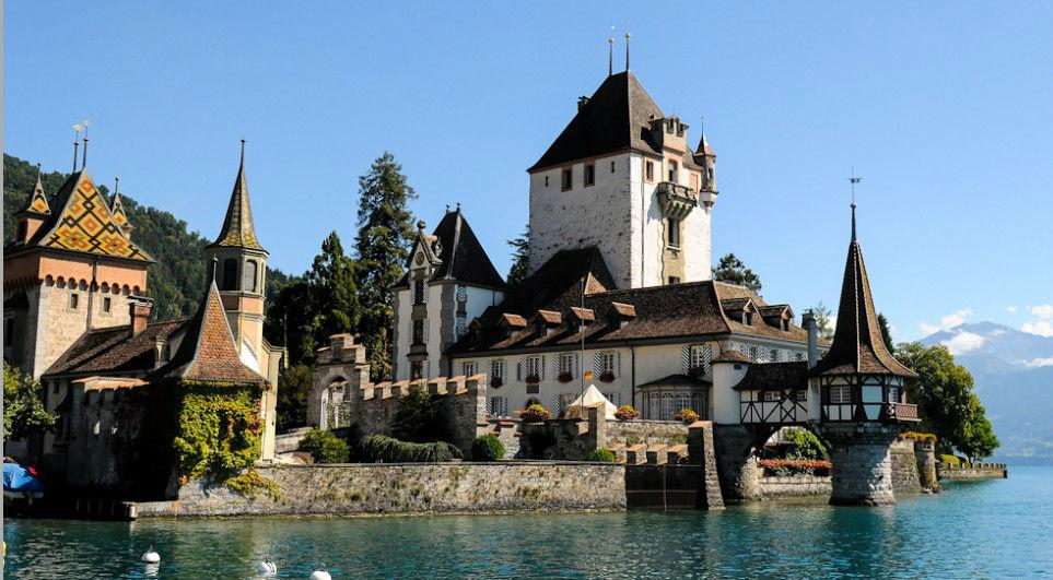 Beispiel: Wie wäre es mit einer Hochzeit auf einer Burg?, Foto: Switzerland Wedding Company.