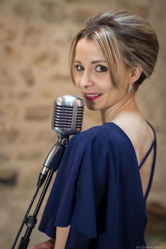 Chanteuse de jazz http://www.jazz-manouche.clementreboul.com/