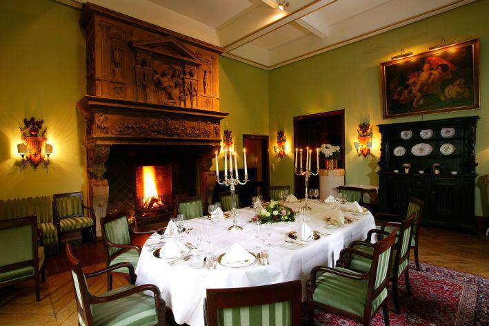 Beispiel: Grüner Salon, Foto: Schlosshotel Hugenpoet.