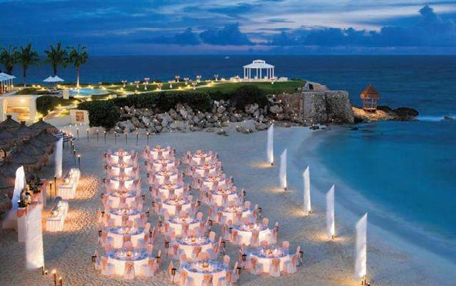 Beispiel: Hochzeit am Strand, Foto: Event-Dreams.