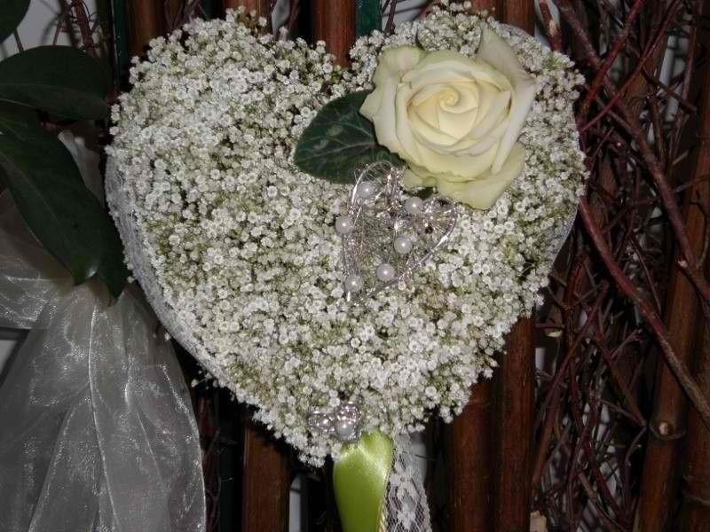 Beispiel: Hochzeitsfloristik, Foto: Moni's Blumenladen.